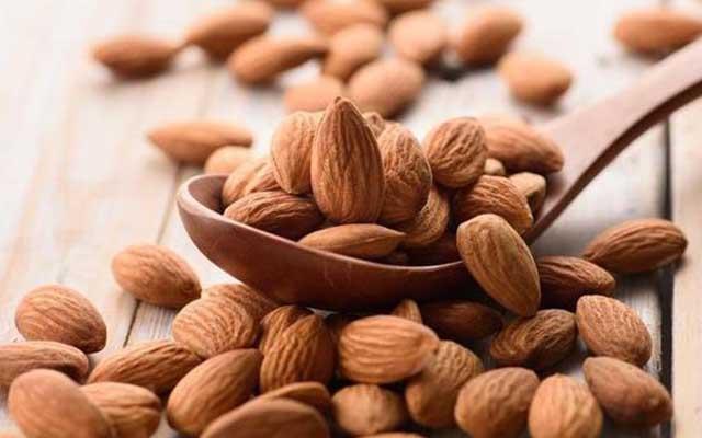 10. Vitamin E Pada Almond