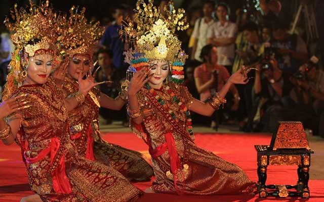 Sejarah Tari Gending Sriwijaya