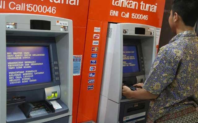 1. Cara Bayar UKT UPI Lewat ATM BNI