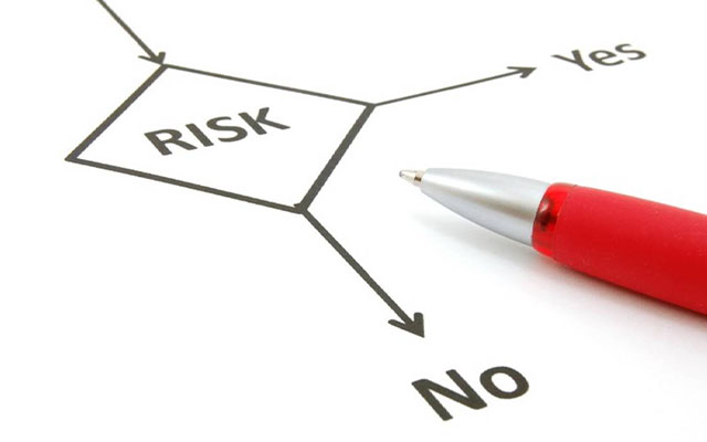 Risiko Menggunakan SMS Banking