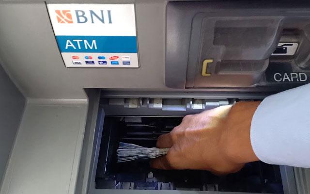 Cara Setor Tunai BNI Lewat ATM Teller Bank BNI